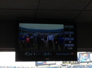 The on-field presentation was televised at the end of the 1st quarter.